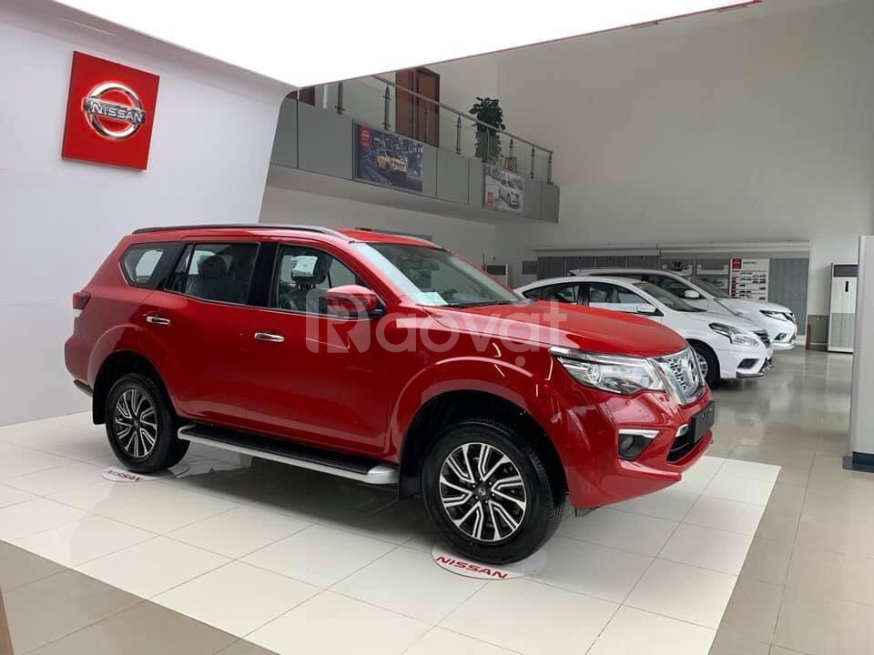 Nissan Terra 07 chỗ khuyến mại 100 triệu