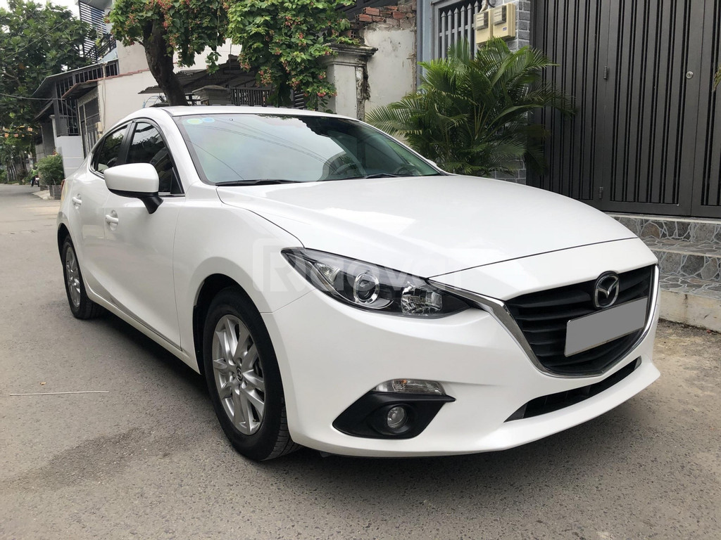 Mazda 3 tự động 2018 màu trắng
