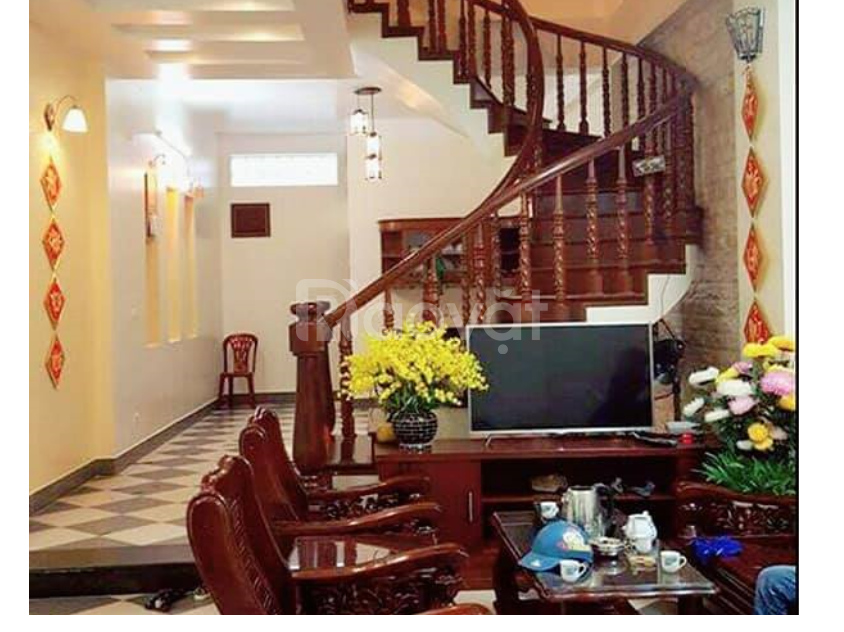 Chính chủ cần bán gấp nhà 5 tầng X 35m X 3 phòng ngủ MT: 3.8m