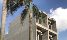 Bán nhà Dĩ An, 3 tỷ 79, tặng full nội thất cao cấp, thiết kế hiện đại