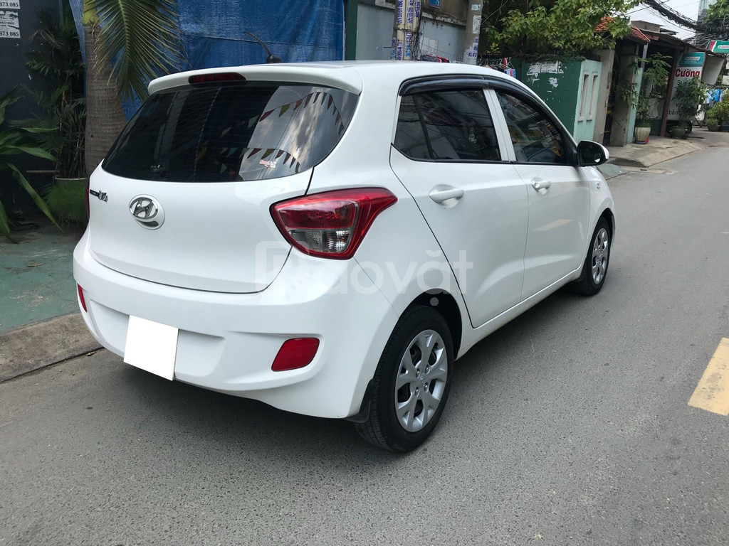 Bán Hyundai I10 bảng 1.2 màu trắng 2018