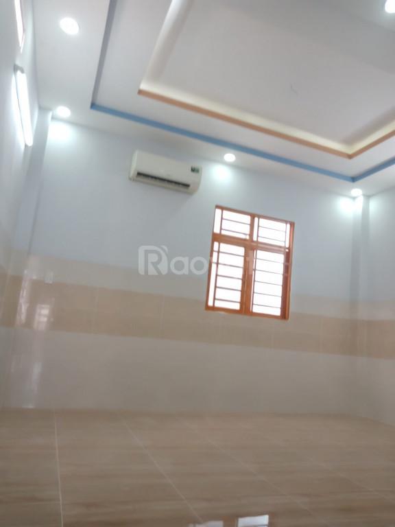 Bán nhà mới hoàn thiện, 3PN, đường số 1, Tân Tạo A, Bình Tân, SHR