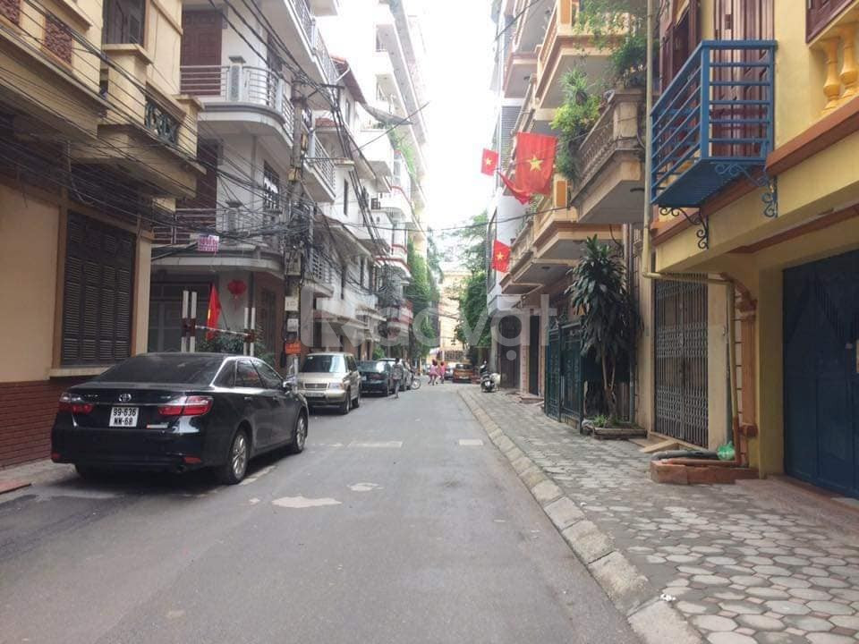 Nhà Thanh Xuân, nhà có gara ô tô, mặt tiền 6.5m, nhà 5 tầng, ngõ 6m