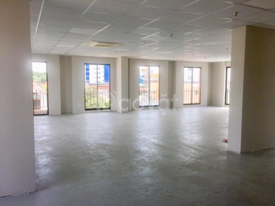 Văn phòng cho thuê mới mở mặt tiền Nguyễn Trọng Tuyển giá chỉ từ 15$