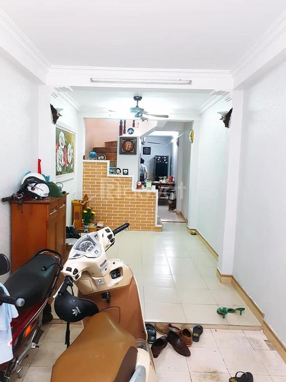 Cần bán nhà riêng tại Đào Tấn, Ba Đình, Hà Nội  40mx3  tầng giá 3.9 tỷ