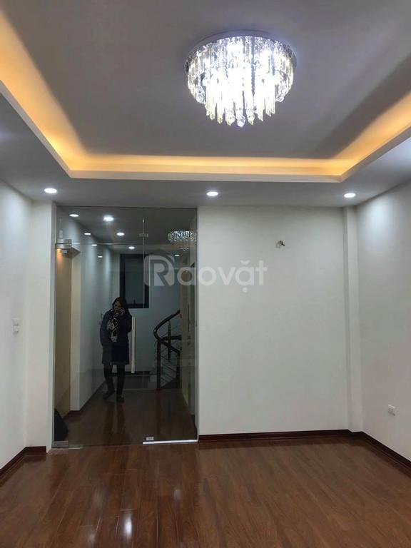 Bán nhà mặt phố Trần Phú, Hà Đông diện tích 42m*5t, phân lô quân đội