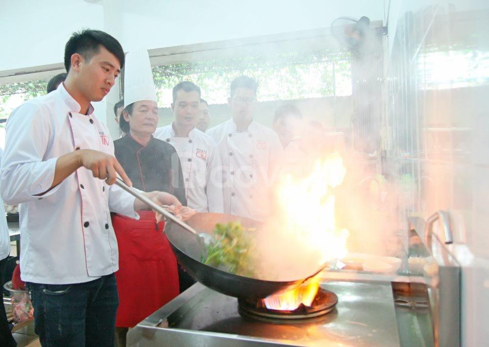 Trung cấp Nấu ăn Hà Nội xét tuyển đợt cuối  - có giới thiệu việc làm