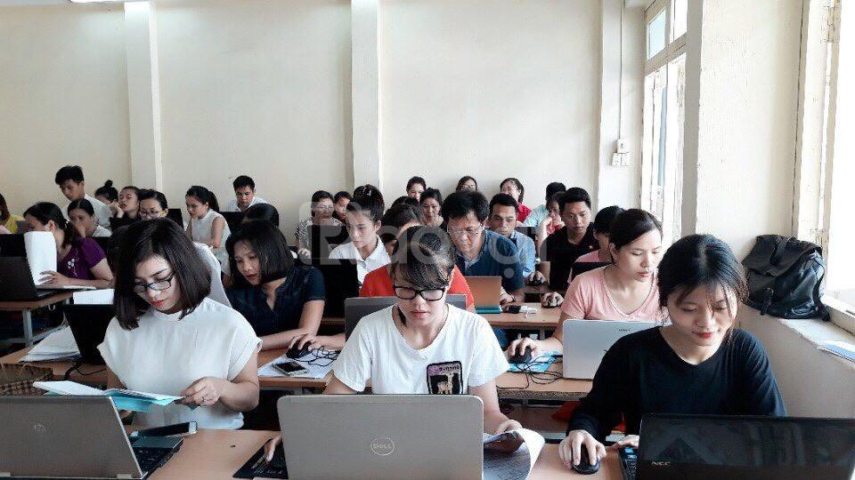 Trung cấp Công nghệ thông tin học thứ 7 chủ nhật cho người đi làm