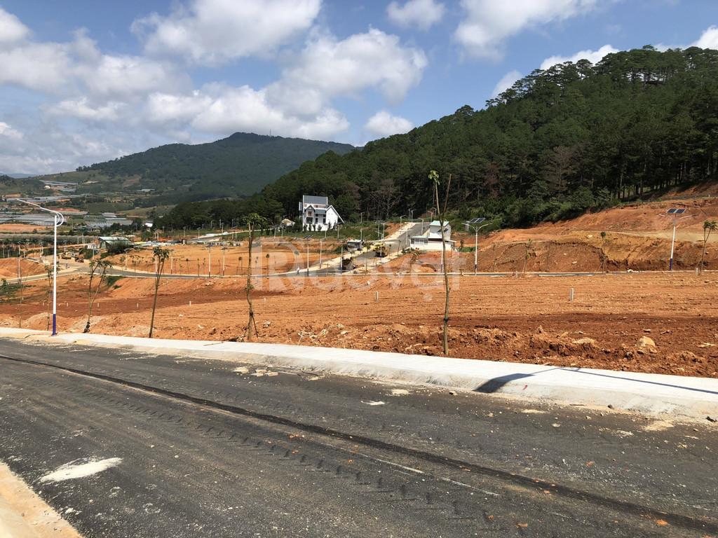 Bán đất nền đầu tư tại Lang Biang Đà Lạt, giá chỉ 15tr/m2.