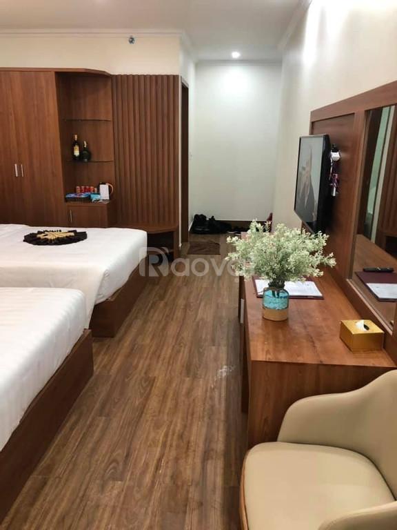 Bán khách sạn 16 phòng tại trung tâm bãi cháy Hạ Long