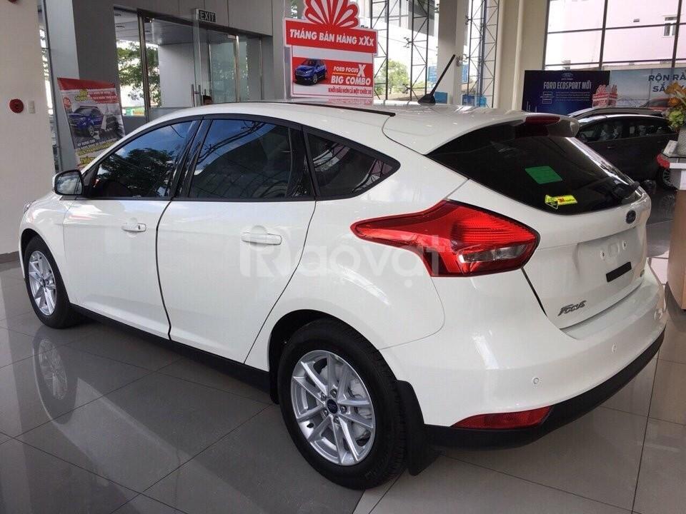 Ford Focus, giá tốt, ưu đãi lớn, liên hệ ngay