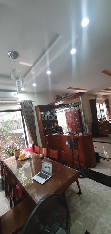 Cần bán nhà đẹp 4 tầng tại khu đấu giá Tứ Hiệp, huyện Thanh Trì, Hà Nội, giá tốt