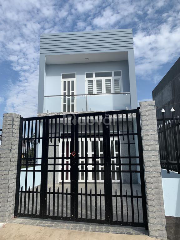 Bán nhà phố 1 trệt 1 lầu SHR đường Hoàng Phan Thái Bình Chánh