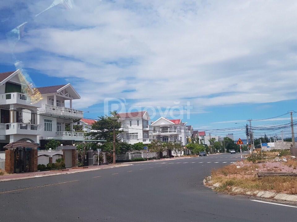 Lô biệt thự 240m2 thích hợp xây khách sạn, biệt thự nghỉ dưỡng