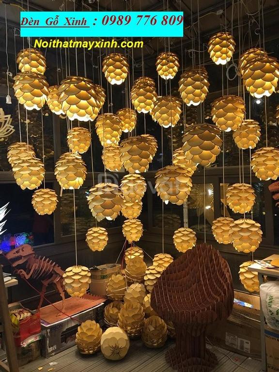 Những mẫu đèn gỗ đẹp cho quan cafe