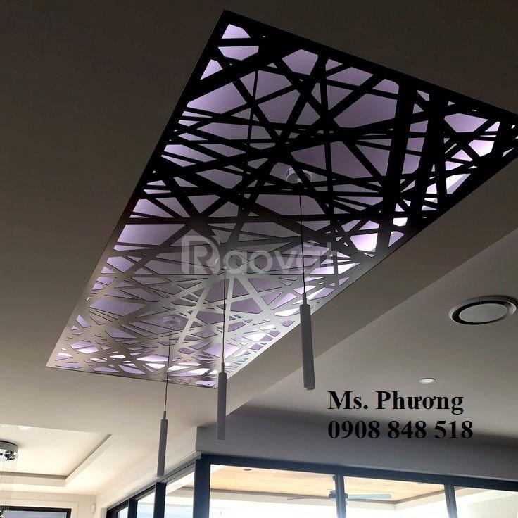 Mặt dựng giếng trời hoa văn CNC cho không gian kiến trúc thông thoáng