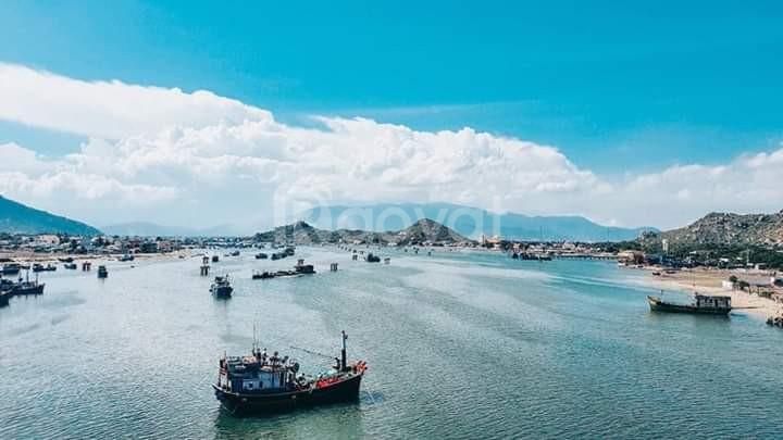 Bán đất nền sổ đỏ ngay mặt tiền QL1 A tại Cà Ná Ninh Thuận.