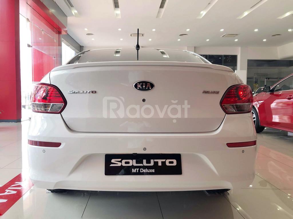 KIA Soluto MT Deluxe - giảm giá tiền mặt trong đợt hàng đầu tiên.
