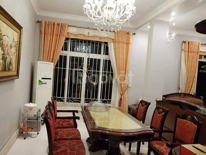 Bán nhà Quận Hoàng Mai- 62m2 mặt tiền 4,2m- kinh doanh nhỏ