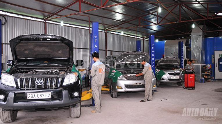 Cần sang nhượng garage ô tô, DT 400m2 tại đường Vườn Cam, Nam Từ Liêm