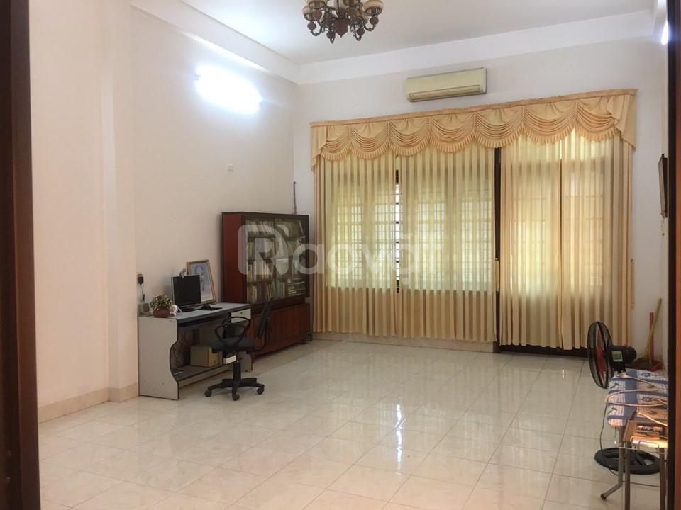 Bán 254m2 sàn nhà mặt phố Võ Thị Sáu làm văn phòng