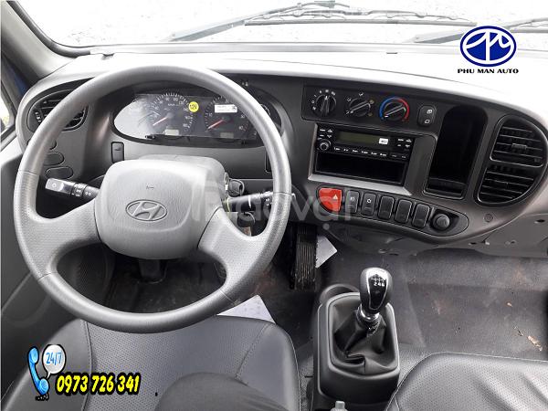 Xe tải Hyundai 2t4 thùng dài 4m4  đời 2019.