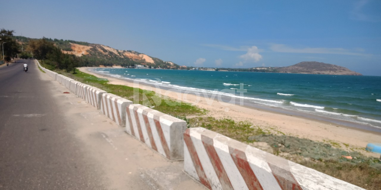Chính chủ cần bán lô đất mặt biển dự ans Sunny Villa Mũi Né-235m2