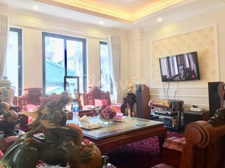 Nhà phố Chùa Láng, 7 Tầng x 90m2, thang máy, ôtô vào nhà, KD-VP, Homst