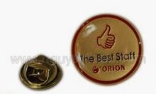 Xưởng thiết kế huy hiệu đeo áo chất lượng, thiết kế bảng tên đeo áo
