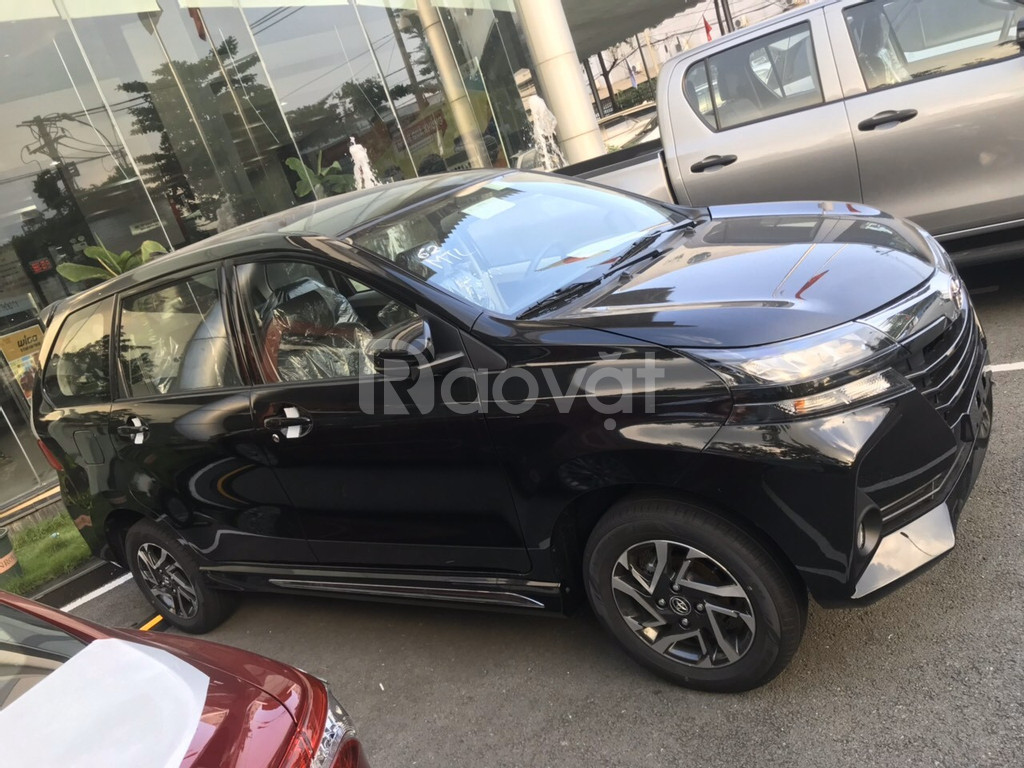Bán xe Avanza nhập khẩu giá tốt, nhiều tặng phẩm đi kèm