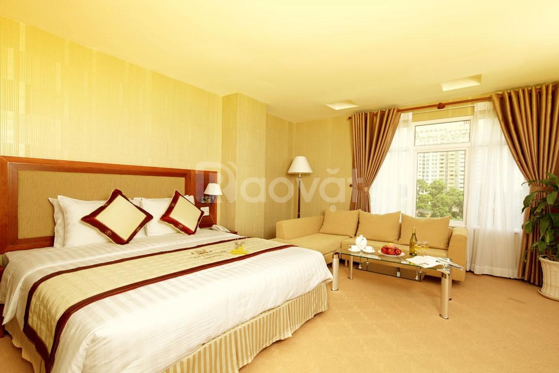 Bán khách sạn phố Trần Duy Hưng, Cầu Giấy, 28 phòng, MT 18m