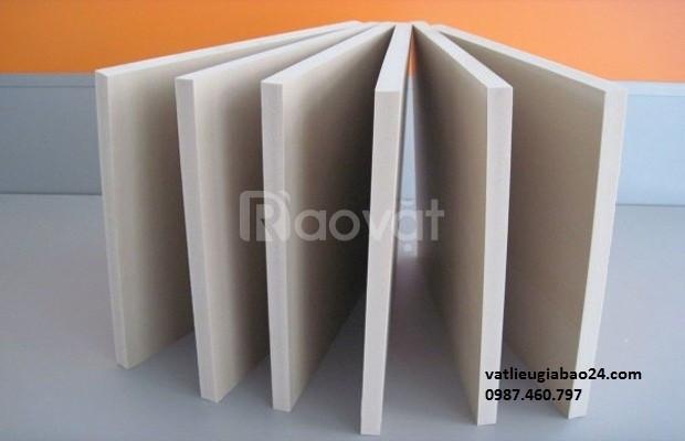 Gỗ PVC chịu nắng mưa, chống cháy, ván nhựa PVC giá tốt Bình Định