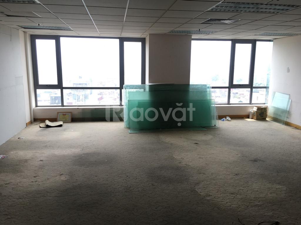 Cho thuê văn phòng 150m2 Nguyễn Văn Huyên, Cầu Giấy