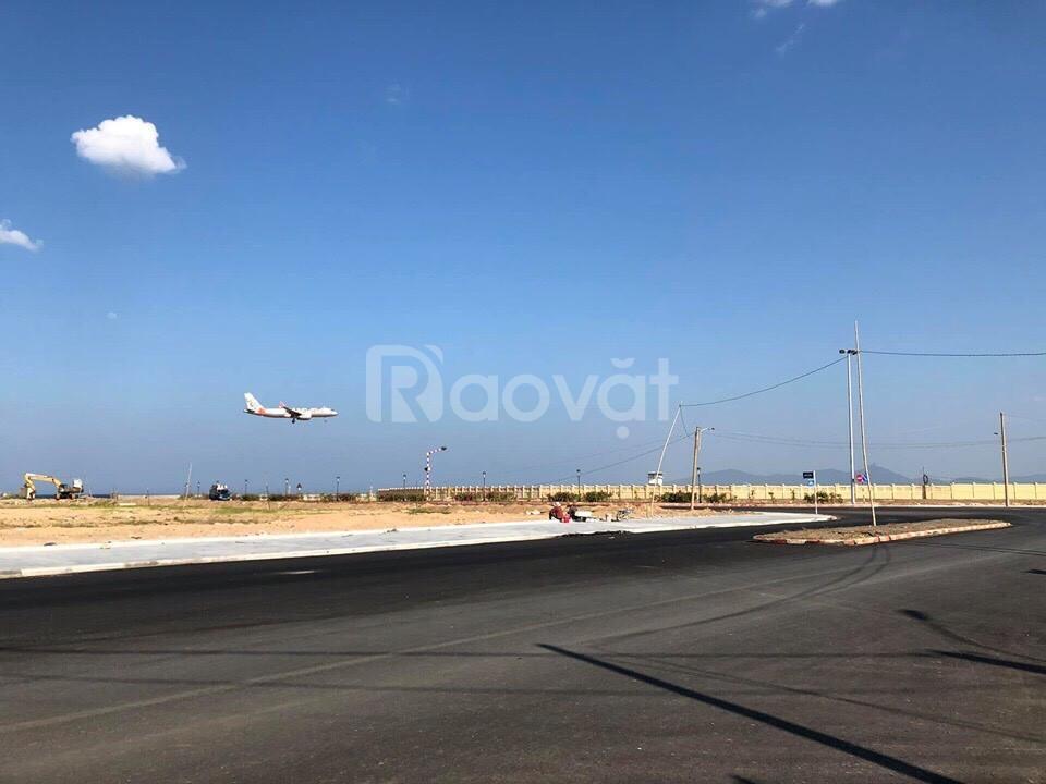 Cần đi nước ngoài, bán rẻ 2 lô đất biển gần sân bay TTTP (ảnh 1)