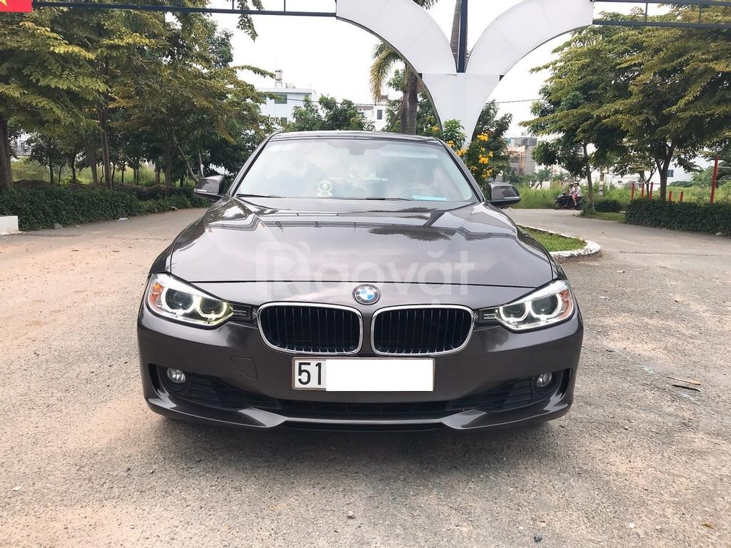 Cần Bán xe BMW 320i, đk 2013, màu Nâu, nhập Đức