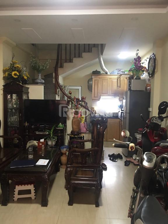 Cần bán nhà ngõ 155 Bạch Mai, HBT, Hà Nội, DT 35m2x3T giá 2.7 tỷ