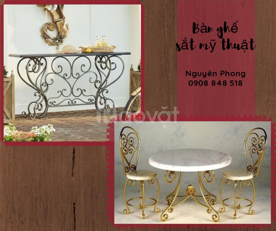 Cung cấp các mẫu bàn ghế sân vườn sắt nghệ thuật uy tín,bền, đẹp