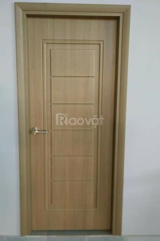 Cửa nhựa giả gỗ, cửa nhựa nhà vệ sinh giá rẻ