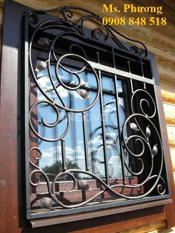Khung bảo vệ cửa sổ trang trí nghệ thuật với hoa văn sắt uốn tinh xảo (ảnh 7)