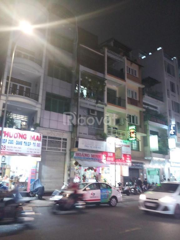 Bán nhà mặt tiền kinh doanh, đường Đất Thánh, Tân Bình, 3 tầng, 65m2.