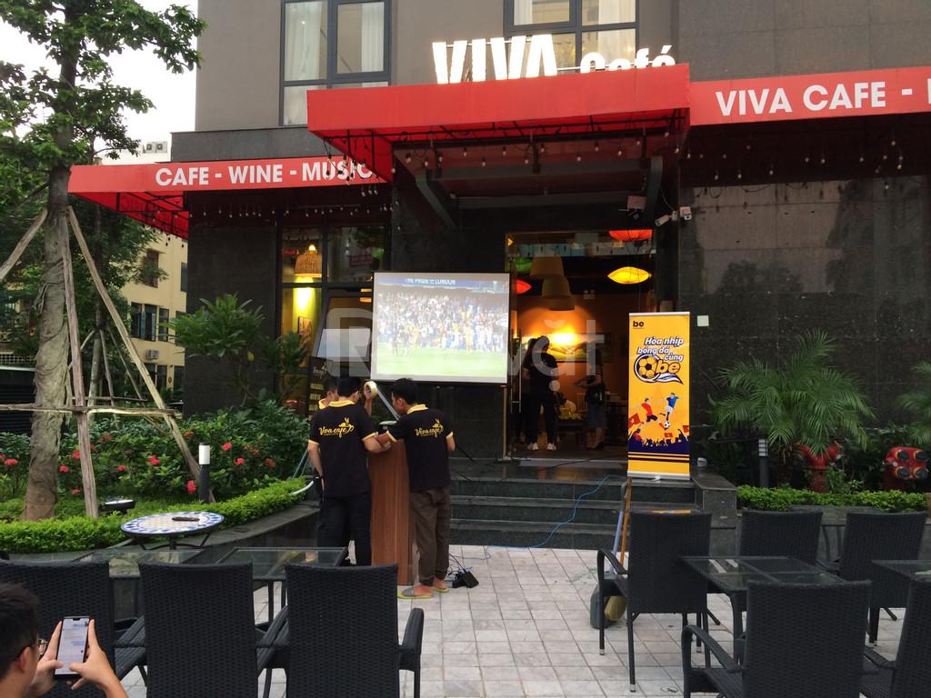 Thuê máy chiếu mới xem bóng đá ở đâu Hà Nội giá tốt