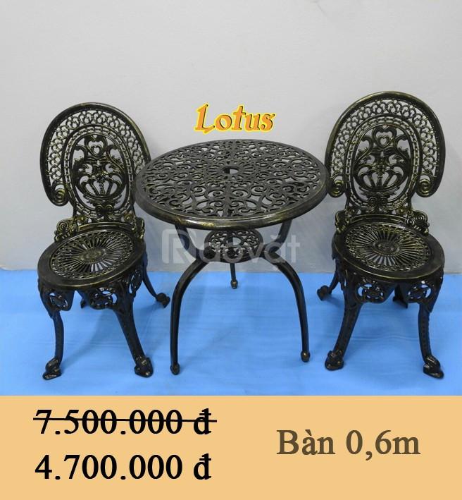 Bàn Ghế Ngoài Trời Lotus