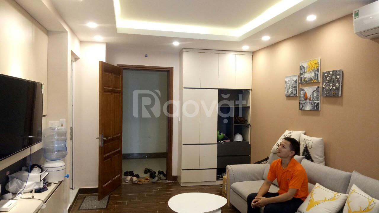 Chuyển nhượng căn chung cư Hanhud 234 Hoàng Quốc Việt, giá 2 tỷ 1