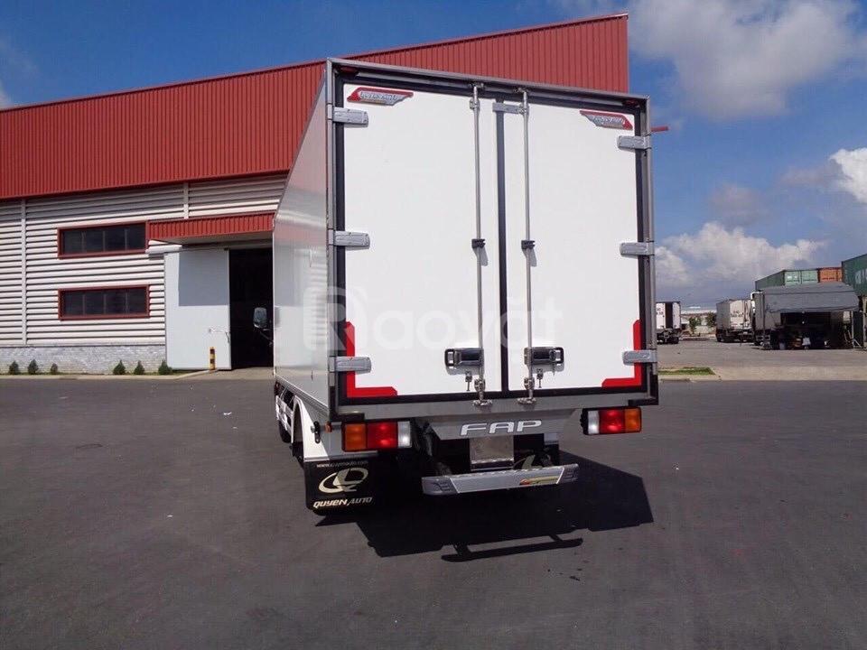 Xe đông lạnh 7 tấn hyundai 110s thùng dài 5m