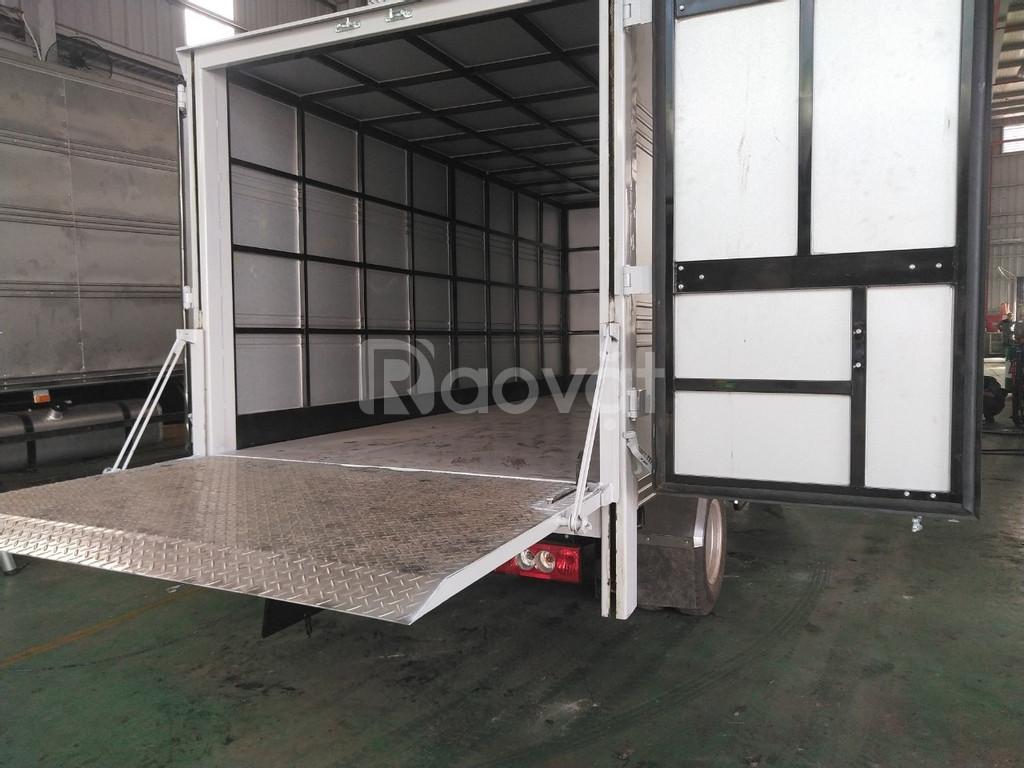 Xe tải Thaco Ollin 3.5 tấn bửng nâng hạ