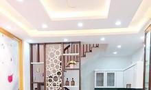 Bán nhà đẹp Quan Hoa, 5 tầng, gần mặt phố giá 3.2 tỷ.