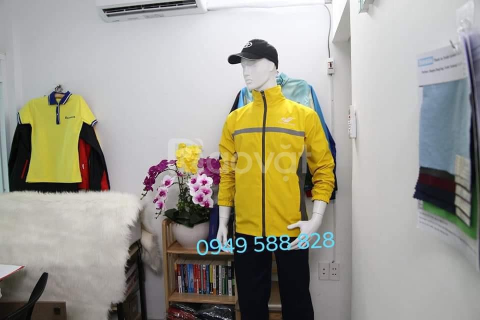 Xưởng may áo gió giá rẻ làm quà tặng khách hàng