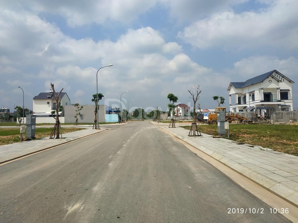 Bán đất mặt tiền Nguyễn Văn Linh, TP Quãng Ngãi, chỉ 1 tỷ/ nền