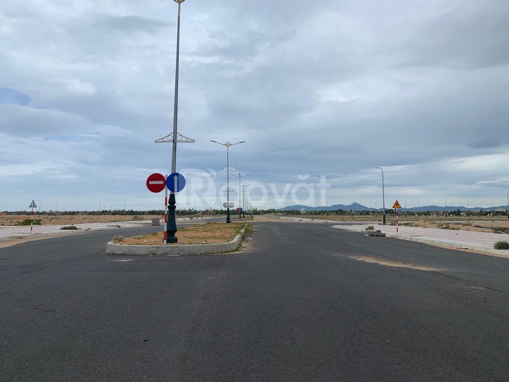 Bán đất biển TTTP, cạnh bãi tắm Phú Lâm