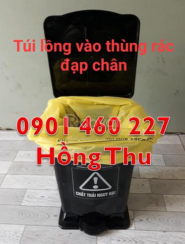 Thùng rác y tế màu trắng 20 lít,thùng rác y tế 15l giá rẻ